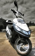 White 500 Watt Electric Trooper Scooter